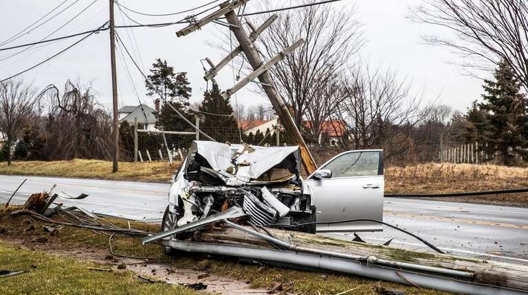 Main Road/Route 25 between Peconic and Cutchogue was