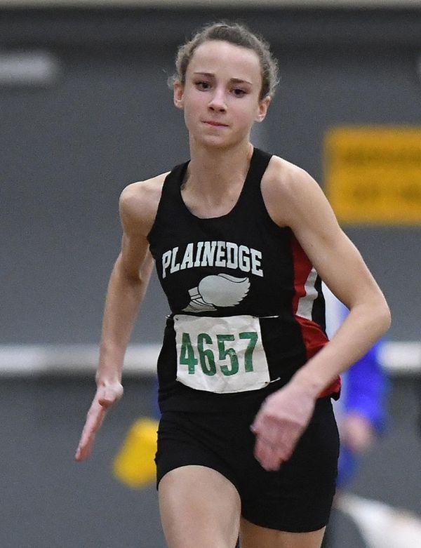 Lauren Valenti of Plainedge sprints to victory in