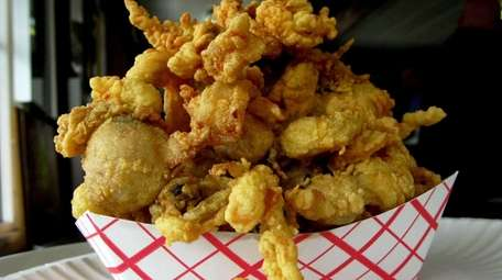 Bigelow's offers both clam strips and full Ipswich