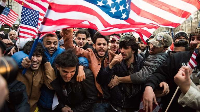 Members of the Yemeni community rally at Brooklyn