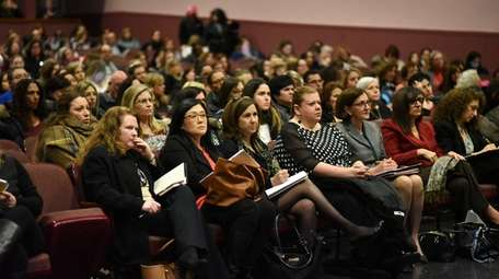 More than 300 teachers, school board members and
