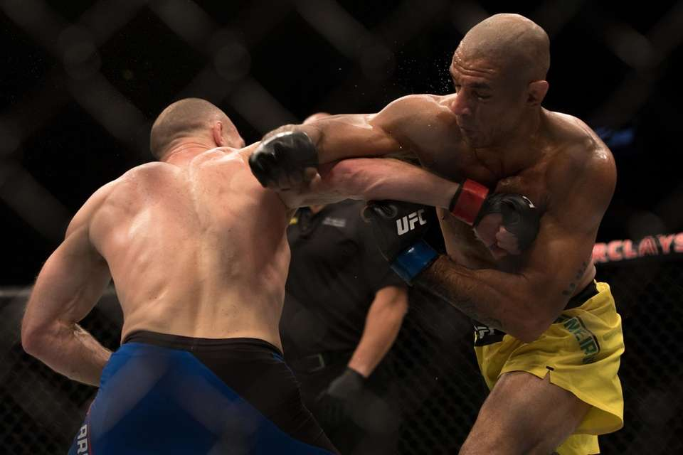 Welterweight Ryan LaFlare, from Lindenhurst, beat Roan Carneiro