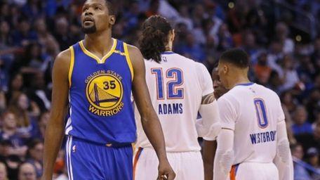 Golden State Warriors forward Kevin Durant (35) walks