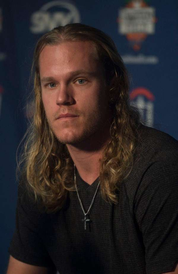 New York Mets pitcher Noah Syndergaard speaks to the