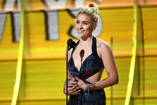 Grammys 2017: Paris Jackson returns 8 years after dad Michael Jackson's death