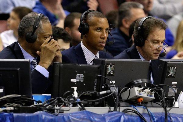 Broadcasters Len Elmore, Reggie Miller and Kevin Harlan