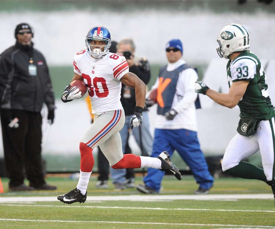 With the Giants trailing the Jets, 7-3, late