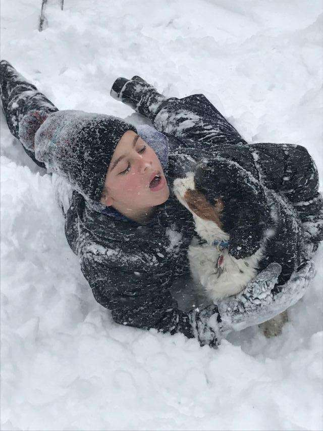 Jules and Lenny - playing in the snow