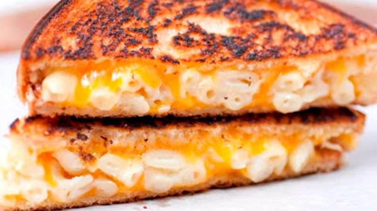 Say Cheese Grilled Cheese Company in Long Beach