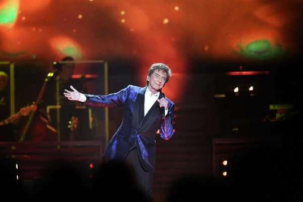 Barry Manilow's