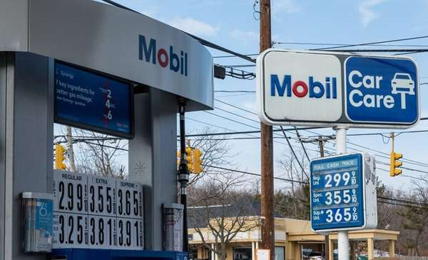 Gas prices increase at the Mobil gas station