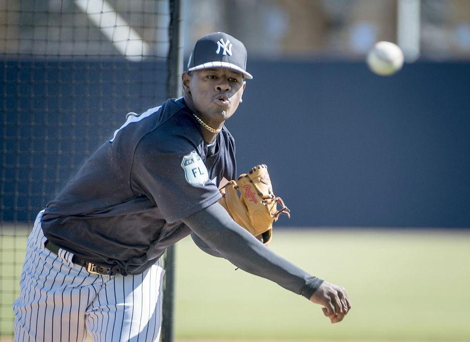 New York Yankees pitcher Luis Severino pitching during