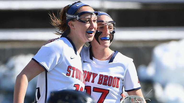 Stony Brook attacker Courtney Murphy, left, and attacker