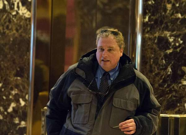 Yankees President Randy Levine arrives to meet with