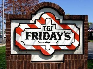 TGI Fridays, Huntington Station: TGI Fridays has closed