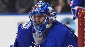 New York Rangers goalie Henrik Lundqvist keeps his