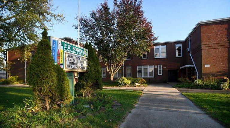 Photo of E.W. Bower Elementary School in Lindenhurst
