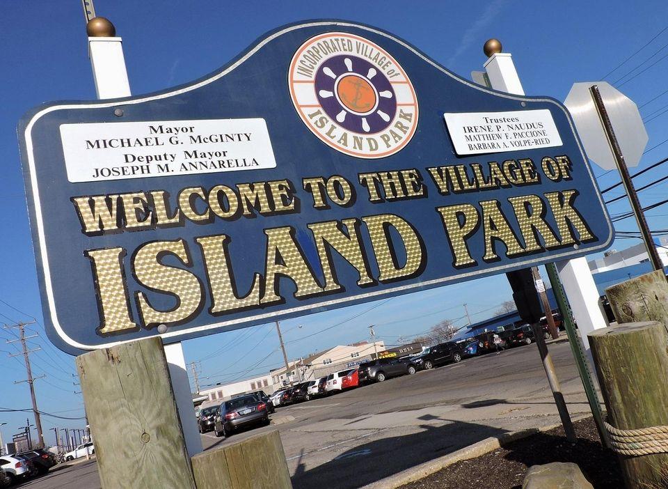 Original names: Barnum Island, Hog Island, Jekyll Island