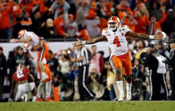 Clemson's Deshaun Watson celebrates a last-second touchdown pass