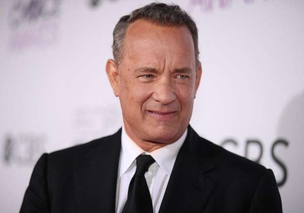 Tom Hanks attends the People's Choice Awards on
