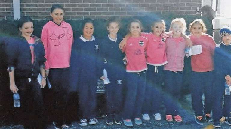 Kidsday reporters before a breast cancer fundraising walk: