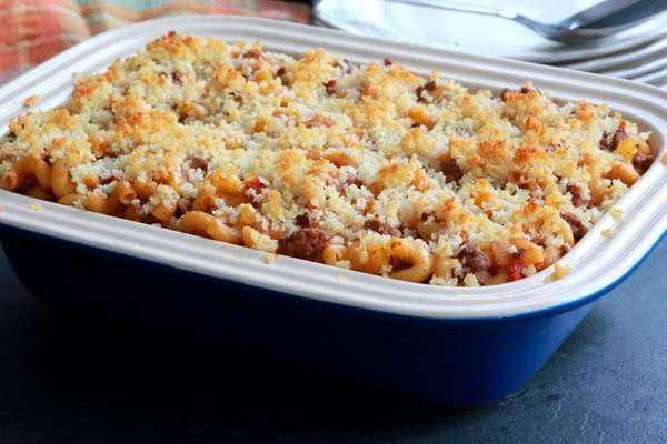 A casserole of lean ground beef, elbow pasta