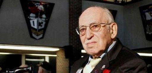 Frank B. DiCarlo, a machine-gunner who was awarded