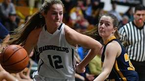 Harborfields' Falyn Dwyer had 13 points in Class