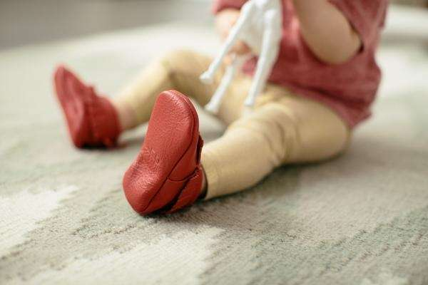 In season 5, these baby moccasins were pitched