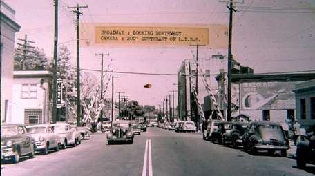 Hicksville's Broadway was once just a two-lane road.