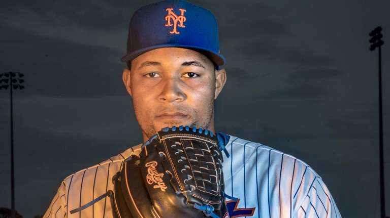 Mets pitcher Jeurys Familia poses during Photo Day