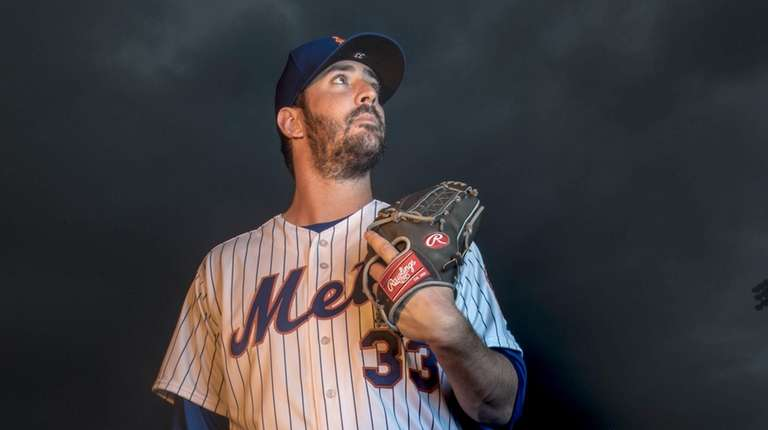 Mets pitcher Matt Harvey poses during Photo Day