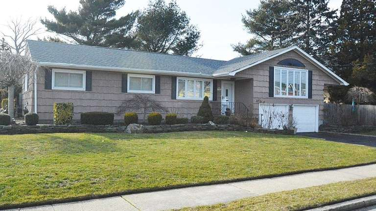 This West Babylon ranch, listed for $419,000 in