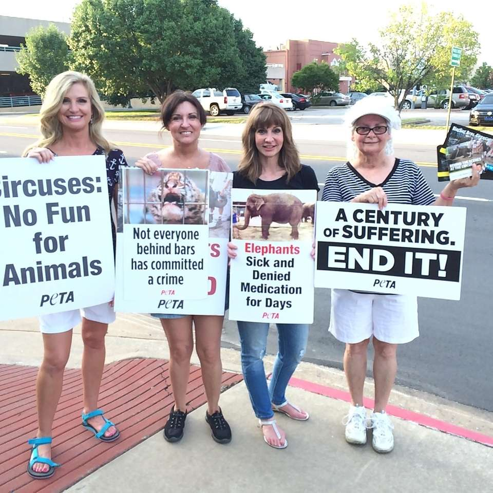 Stacie, Sheila , Jenny and Marlena protesting in