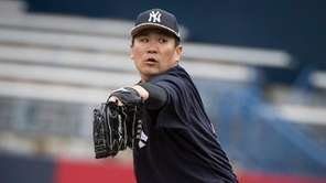 New York Yankees' Masahiro Tanaka looks sharp at