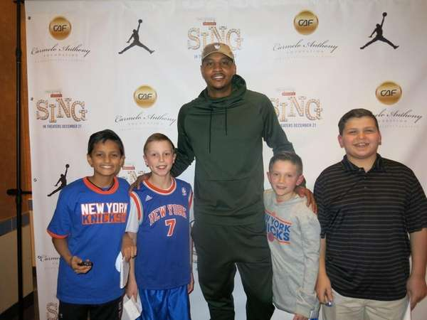 Carmelo Anthony with Kidsday reporters, from left, Rishabh