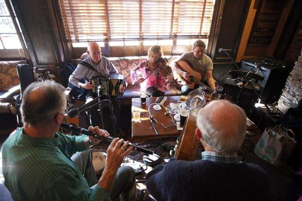 Old-fashioned Irish music sessions are a Sunday afternoon