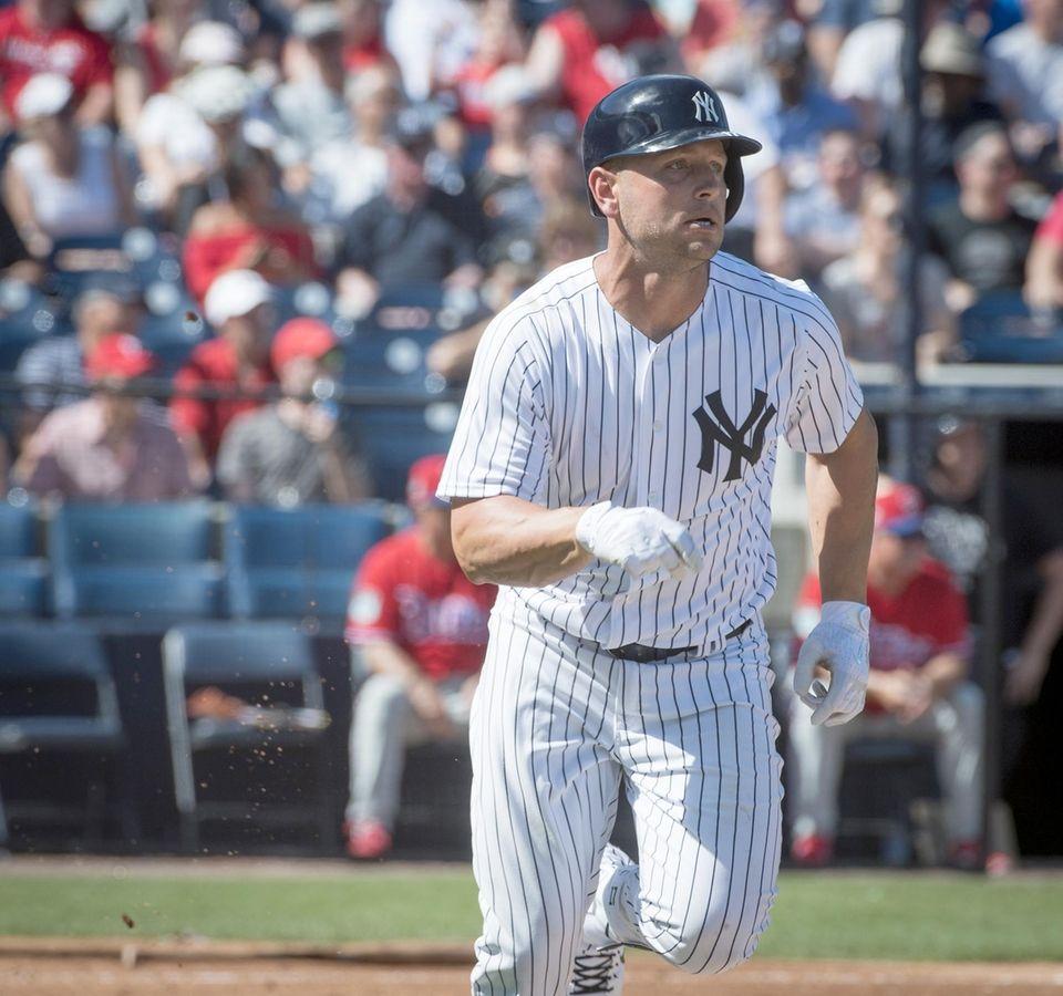 New York Yankees' Matt Holiday hits a single