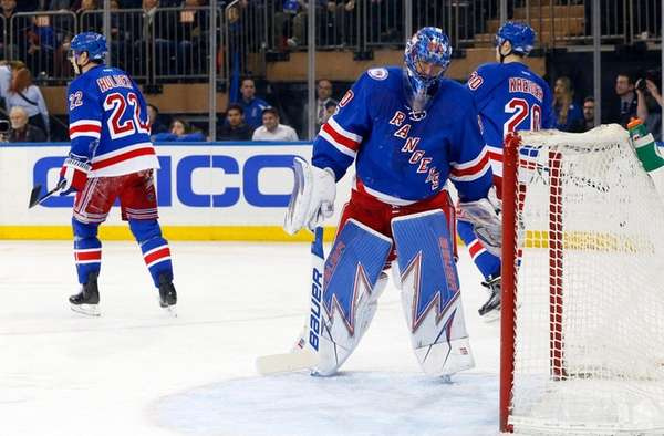 Blue Jackets skate past Rangers into third place in division | Newsday