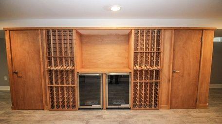This Huntington split-level has storage for 84 bottles