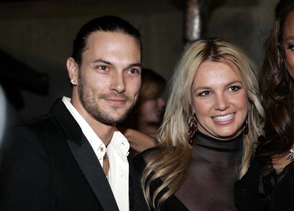 Kevin Federline and pop star Britney Spears divorced