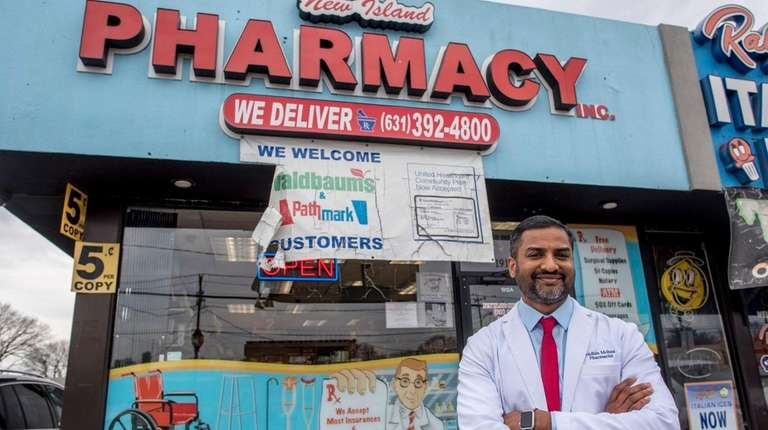 independent pharmacies battle big chains mail order services newsday