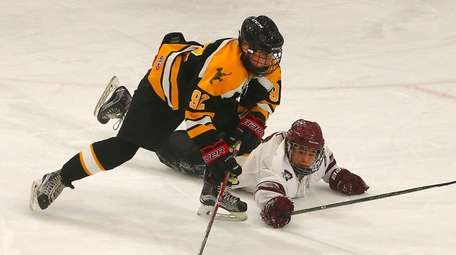 St. Anthony's Nick Cozzi (92) skates past a