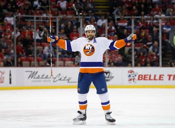 The New York Islanders' Andrew Ladd celebrates his