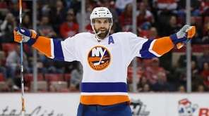 The New York Islanders' Andrew Ladd celebrates his