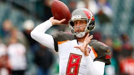 Quarterback Mike Glennon of the Tampa Bay Buccaneers