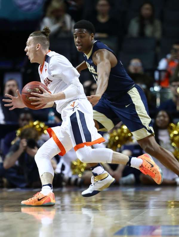 Kyle Guy #5 of the Virginia Cavaliers in
