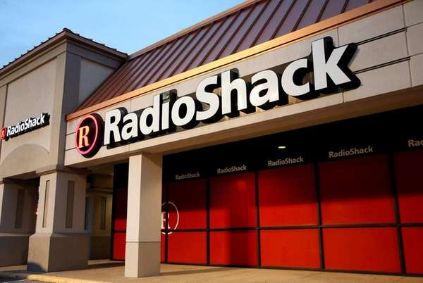 RadioShack files for bankruptcy a second time in 2 years