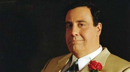 Brad Garrett played comedian Jackie Gleason in the