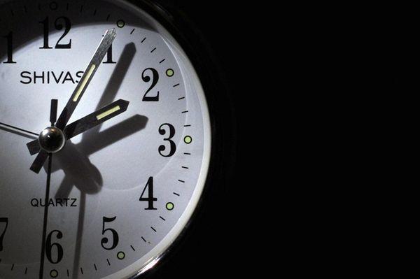 An alarm clock.